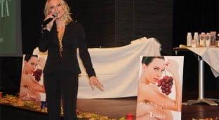 novica 2008 11 11 afrodita v 312x172 - Promocija kozmetike Afrodita